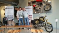 Indiaenmoto en Royal Enfield Madrid